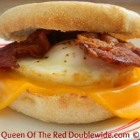 The Perfect Eggs for Breakfast Sandwiches